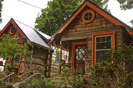 This Tiny House small cottage
