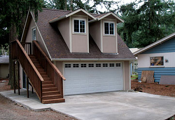A Tuff Shed Two-Car w/Apartment Garage