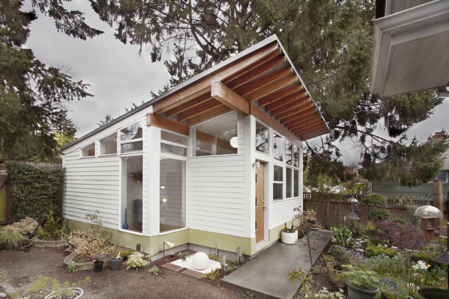 The Tiny House Trend | Little House in the Valley