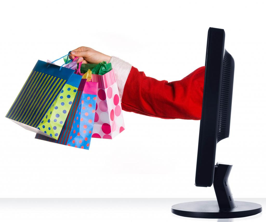 Ways to Save Money by Shopping Online for Holiday Gifts