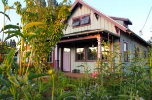 The Beekeeper Bungalow - exterior (Washington)