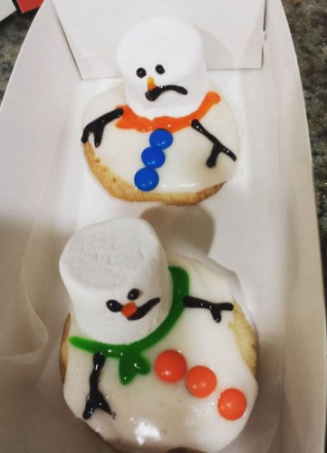 Melted Snowman cookies by Little House in the Valley