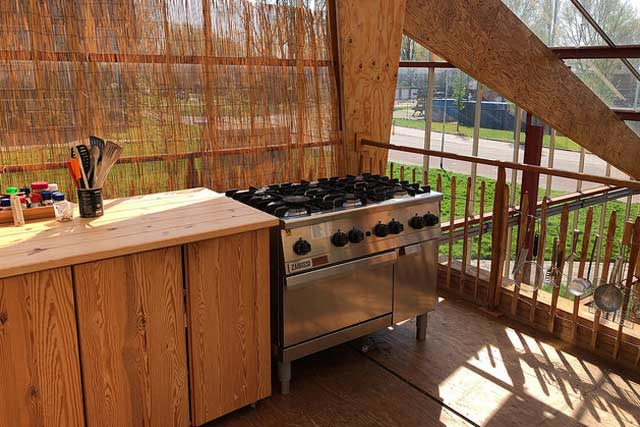 Easily Affordable Outdoor Kitchen Ideas For a Modern Kitchen