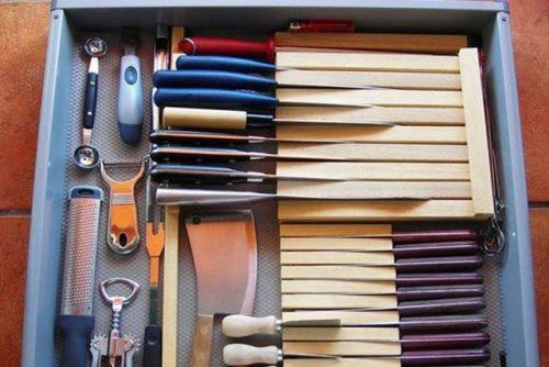 Knives Drawer