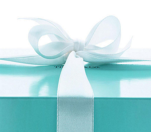 Tiffany & Co. gift wrapping