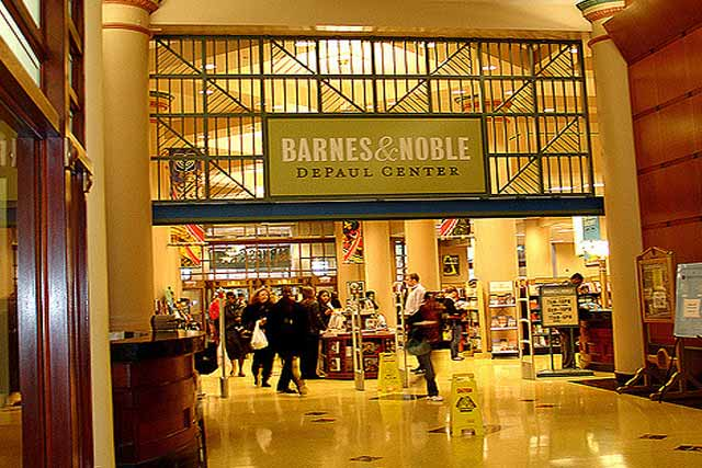 Barnes & Noble Gift Wrapping