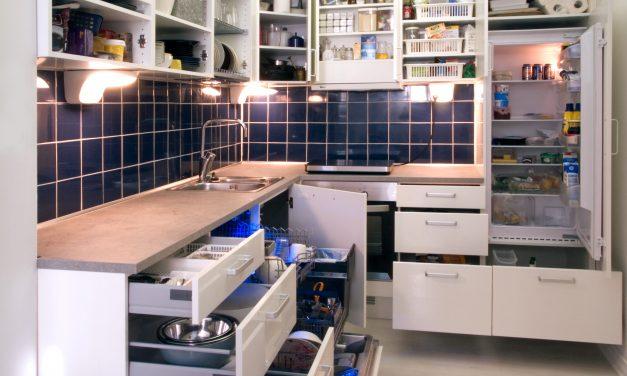 8 Organization Hacks for Your Tiny Kitchen