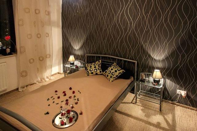 Unique Style Room Wallpaper