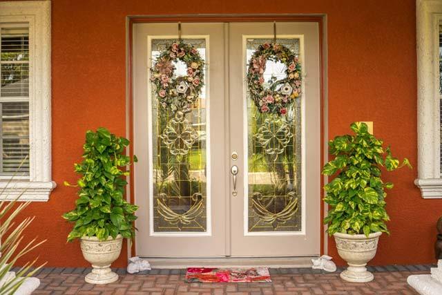 Decorate Doors Beautifully