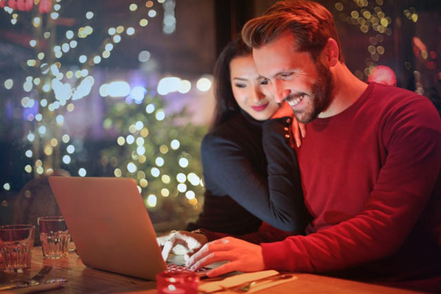 Financial Transparency Benefits Your Relationship