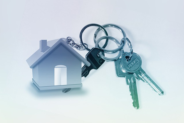 Buying home private markeet