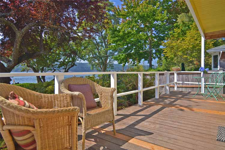 outdoor home deck