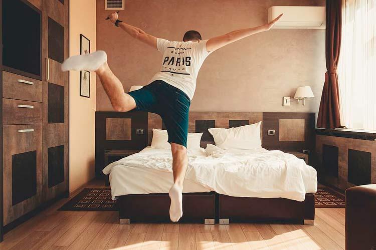 comfortable bedroom mattress