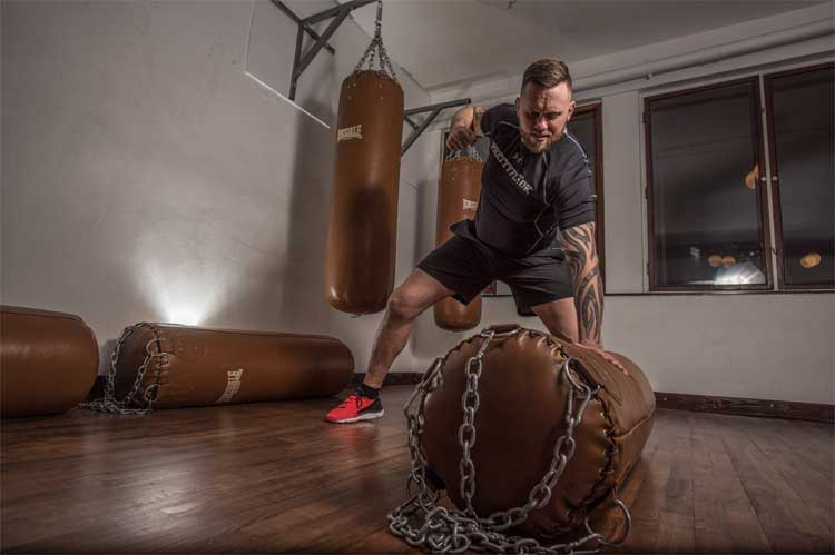 create-an-mma-gym-in-your-home